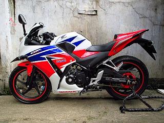 DIJUAL CBR BEKAS : Honda CBR 150R (K45) Pajak Panjang - JAKARTA