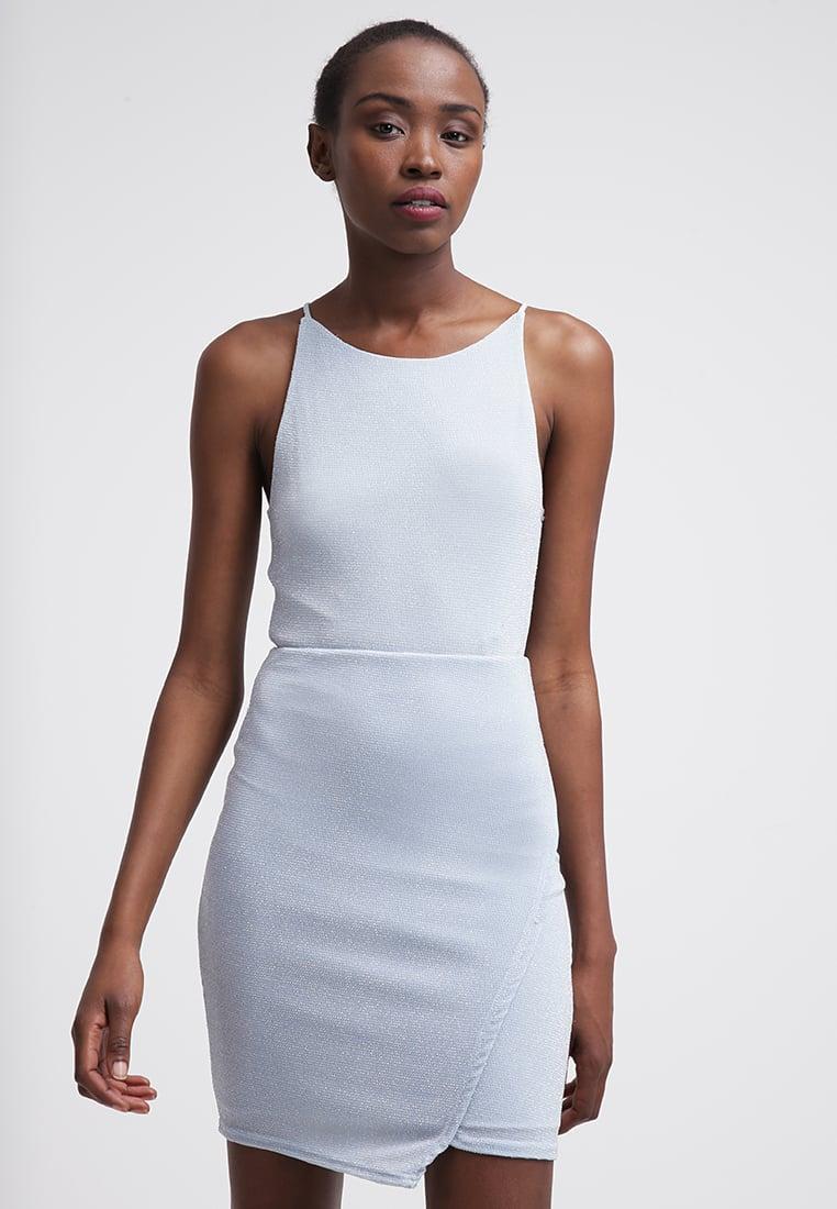 biała sukienka, sukienka na ramiączkach
