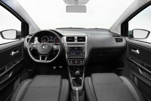 VW Fox 2018 Extreme - interior