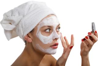 10 Ways You Can Use Witch Hazel To Get Amazing Skin