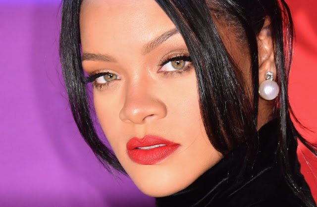 Rihanna APOLOGY After Her Savage X Fenty