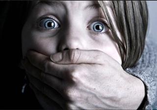 mengajarkan cara melindungi diri dari pelecehan anak