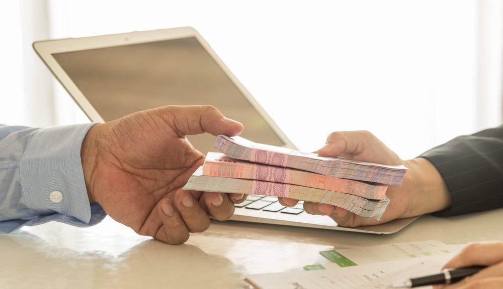 Butuh Pinjaman Dana Tunai yang Aman dan Mudah? Ini Solusinya!
