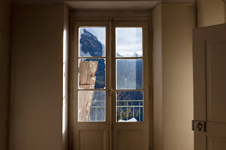 Maharishi had a wonderful view of the central Swiss mountains from his room.