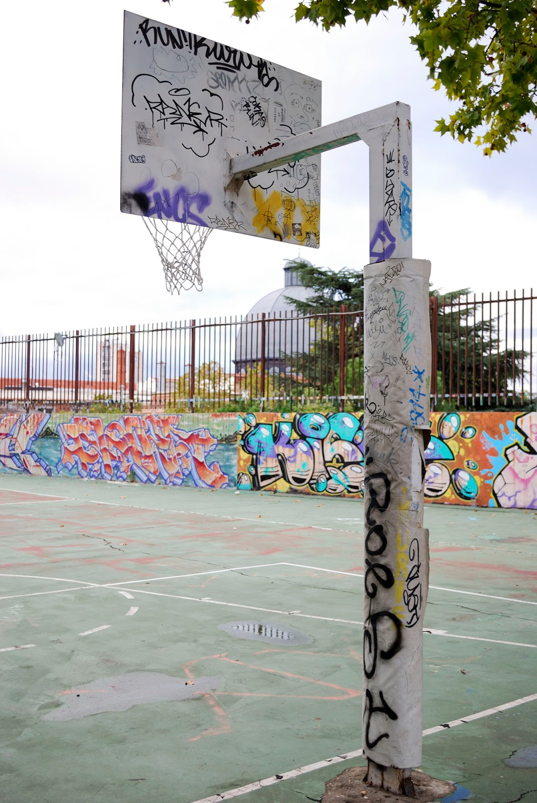 graffiti madrid basketball court urban art sport workout