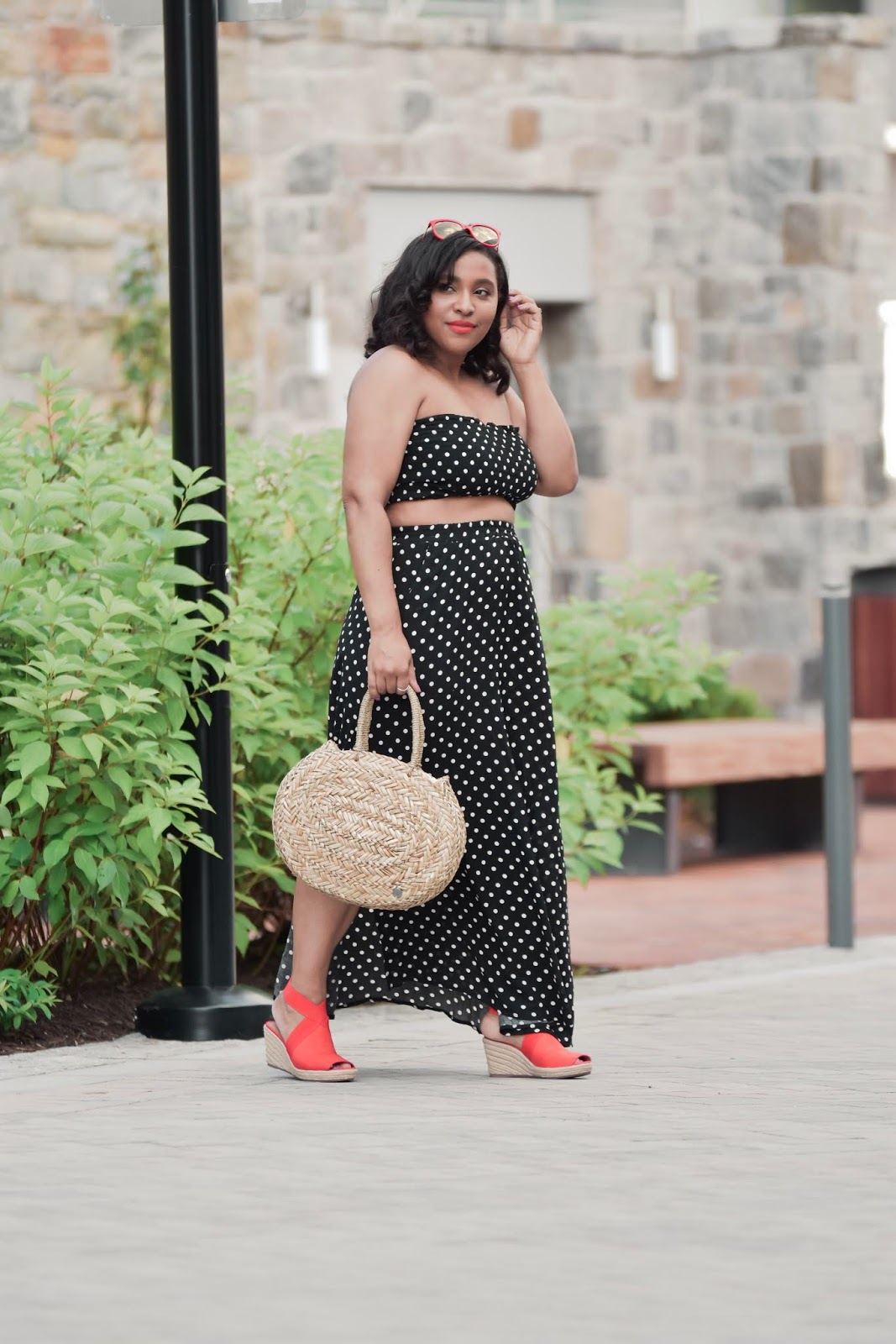 shein, sheingals, polka dot oufits, two piece set, summer outfit ideas, polka dot trend, patty's kloset