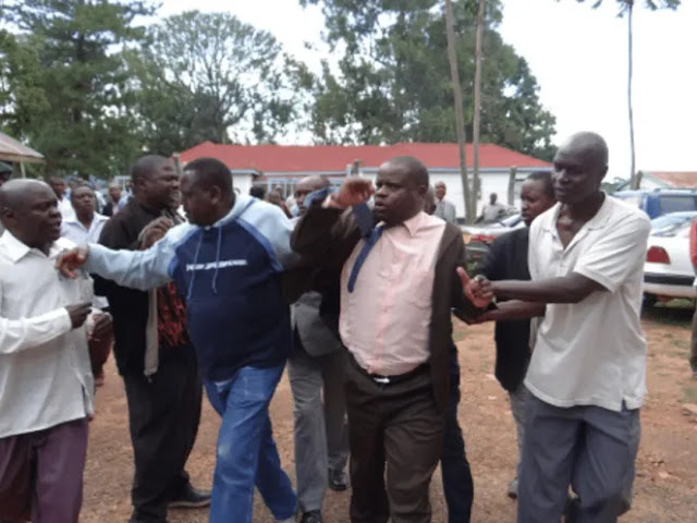 Shinyalu MP Justus Kizito Mugali held after being caught red-handed with someones wife photo