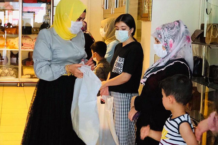 Bayram öncesi Diyarbakırlı ihtiyaç sahibi aileler unutulmadı
