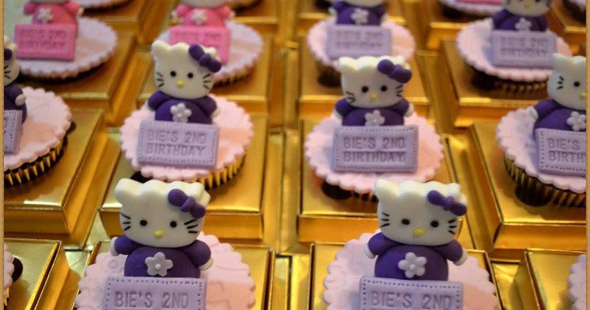 Olive S Cake Hello Kitty Cake Amp Cupcake
