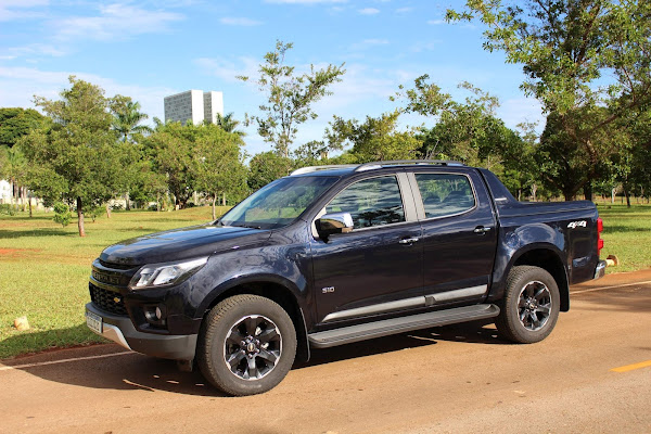 Chevrolet S-10 High-Country 2021 - Preta