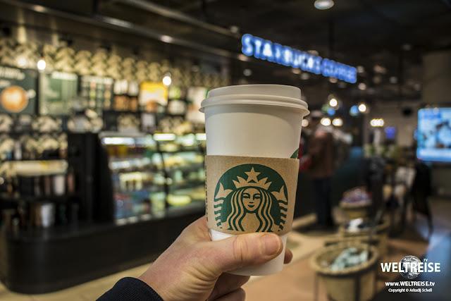 Sturbucks Kaffee am Hamburger Flughafen www.WELTREISE.tv
