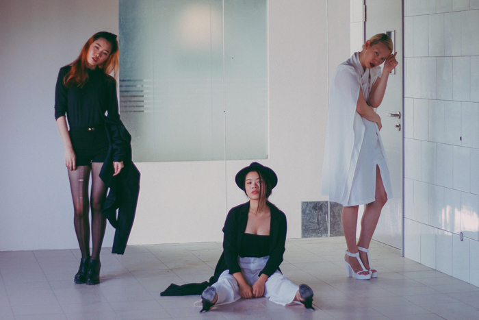 Brunei Blogger May Cho of The Mayden in collaboration with model Phoebe Chok nd Shi Min of discofissh, taken by Mujahid Jay Johar | style, blazer, monochrome, women empowerment