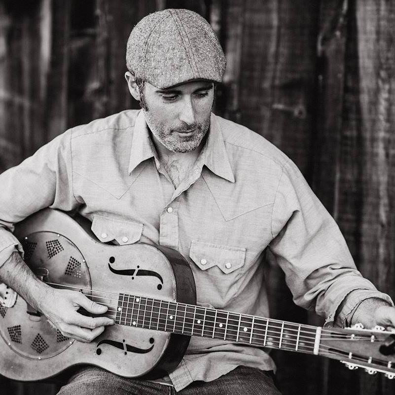 """Folk artist Steve Itterly braves """"Great Northern Rains"""" from the """"House Songs"""" EP"""