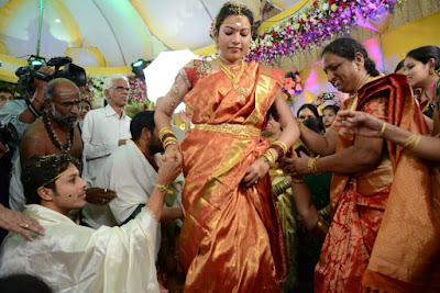 Tollywood Singer Geeta Madhuri wedding