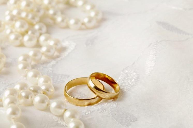 Sekarang, Batas Usia Menikah Bagi Perempuan Indonesia adalah 19 Tahun