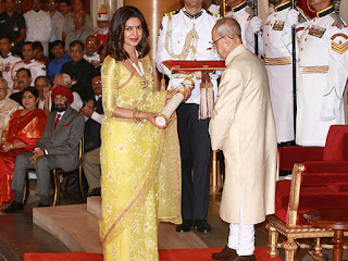 Priyanka Chopra receives Padma Shri from President Pranab Mukherjee!