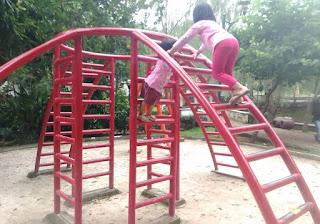 Bermain Anak Taman Langsat