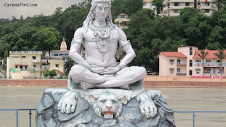 Who gave Damru, Trishul, and Nag to Shivji? (English)