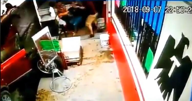 """VIDEO: Comando armado intenta """"levantar"""" a una menor en Monterrey"""