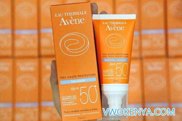 Kem chống nắng Eau Thermale Avene Very High Protection Tinted Cream SPF 50+