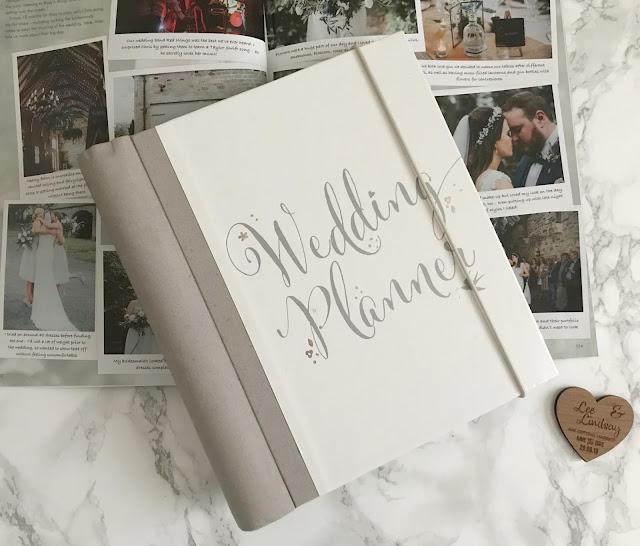 wedding planner and magazine
