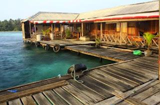 Kepulauan%2BKarimunjawa%2BPenginapan%2BTerapung Kepulauan Karimunjawa Destinasi Bahari Penuh Pesona, yang Mendunia