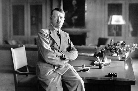 Adolf Hitler llegó a apoderarse de la Lanza del Destino y sentía una gran fascinación y obsesión por ella.