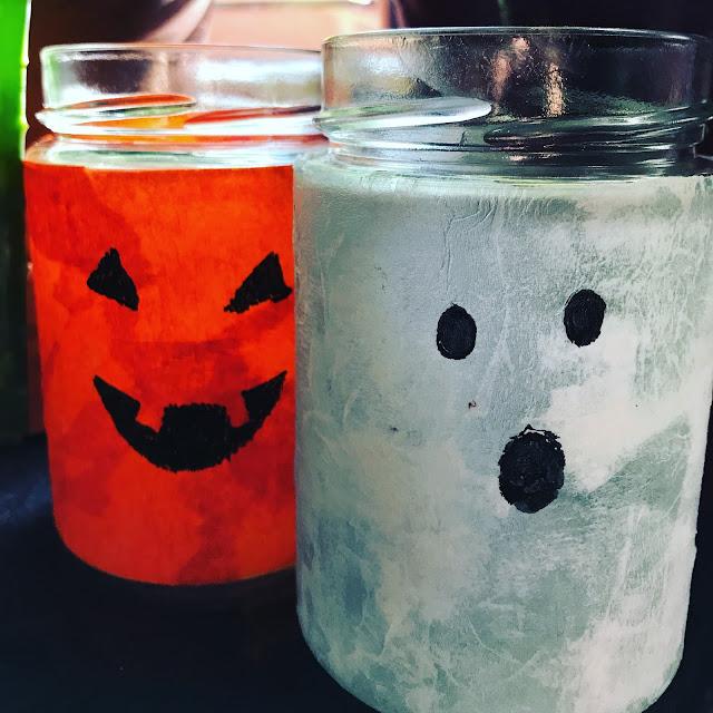Kürbis- und Gespenster-Teelicht für Halloween