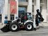Ambasada Japana donirala Komunalnom preduzeću Gusinje novu radnu mašinu kombinirku