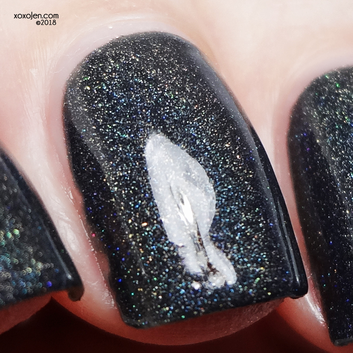 xoxoJen's swatch of Stella Chroma Queen In The North