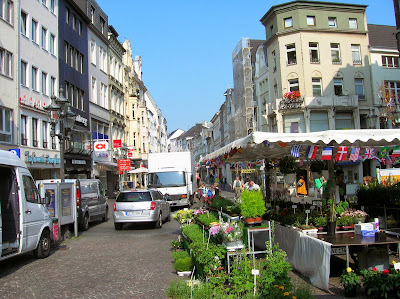 Plaza del mercado, casco antiguo, Bonn, Alemania, round the world, La vuelta al mundo de Asun y Ricardo, mundoporlibre.com