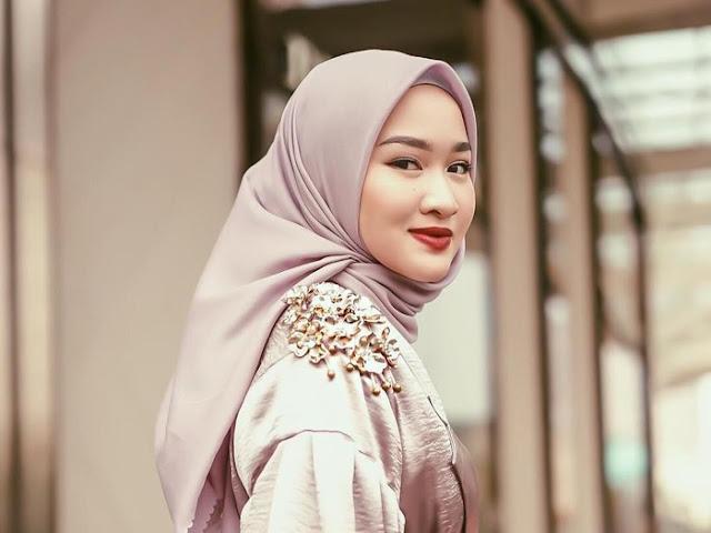 4. Hijab Color Nude