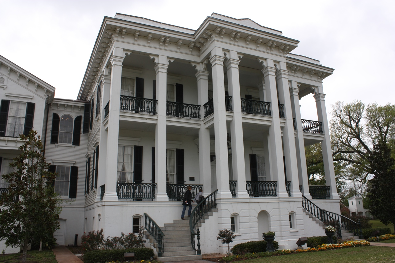 The Pyrlik Family Rv Trips Antebellum Mansions At The