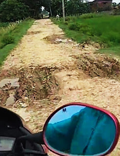 4-years-no-road-madhubani