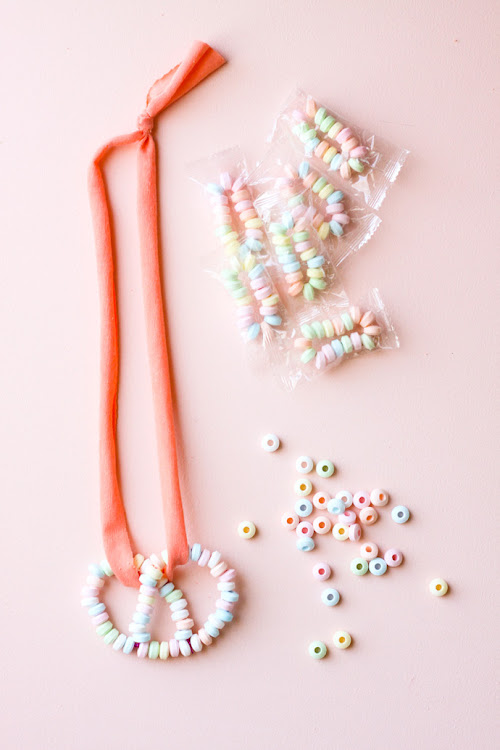 "Head to Handmade Charlotte for a fun ""twist"" on the candy necklace!"
