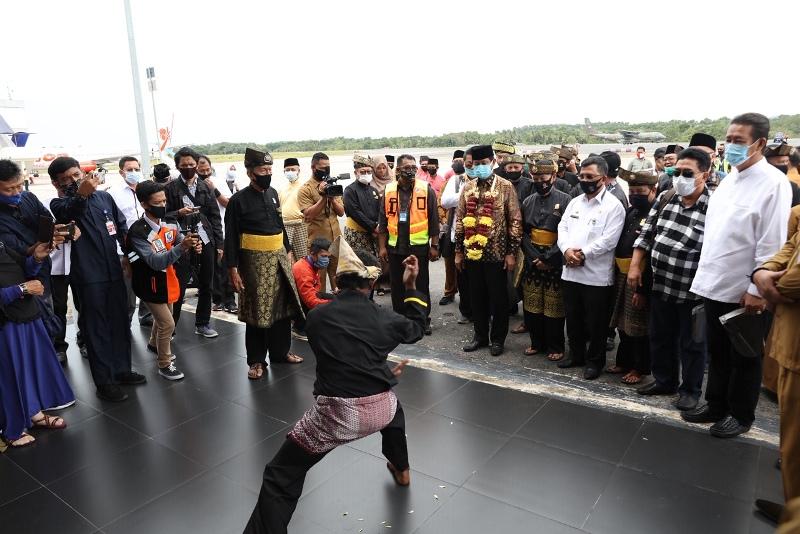 Kembali ke Tanjungpinang Usai Dilantik Oleh Presiden, Ini yang Dilakukan Isdianto