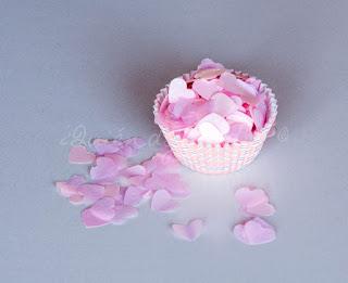 Confetti en rosa y con forma de corazón
