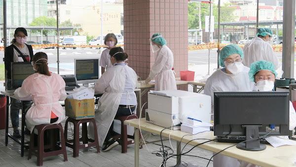 全國麗園快篩逾500人 彰化醫院籲上網預約篩檢降低群聚