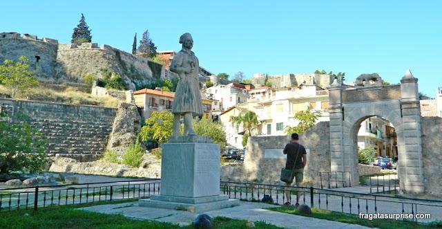 Estátua de Theodoros Kolokotronis, herói da Independência da Grécia