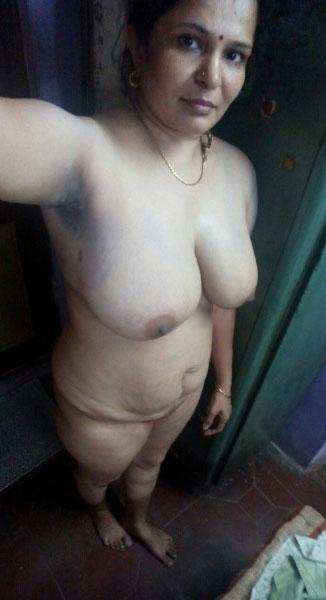 sexy desi bhabhi,hot bhabhi ki gaand