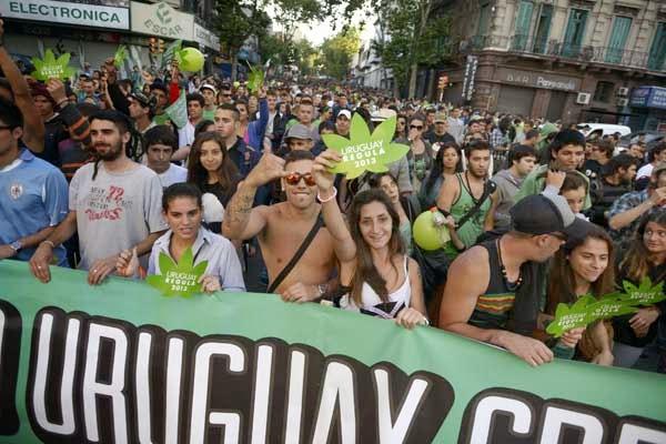 SIEMPRE EN CONTRA DE LA LEGALIZACIÓN DE LAS DROGAS