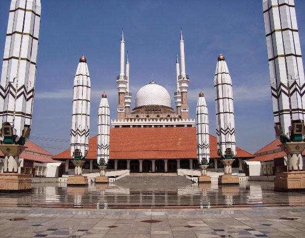 Masjid Agung Jawa Tengah (MAJT) - Tempat wisata religi di semarang