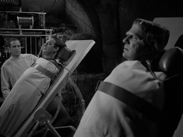 Frankenstein Meets the Wolf Man 1943 English 720p BluRay