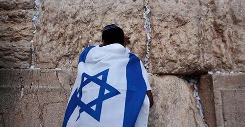 Na véspera do Purim, pastores se unem em jejum e oração em Israel