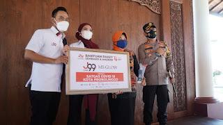 Kapolres Probolinggo Kota Terima Paket Bantuan Sembako dan Masker dari Juragan 99 Untuk Masyarakat Terdampak Pandemi