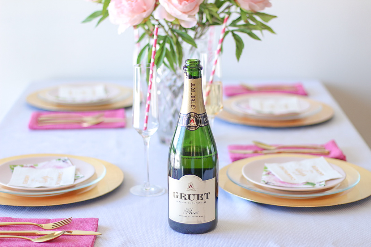 Pop, Fizz, Clink! 5 Tips For Hosting A Sparkling Wine Party