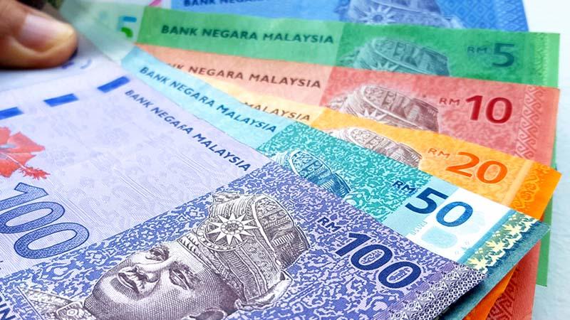 Ringgit bakal terjejas ekoran Fitch Ratings semak turun penarafan Malaysia