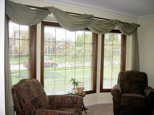 Large Home Window Treatments Flaunt Large Windows At Home