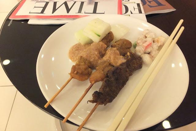 changi-airport-dnata-skyviewlounge-terminal1-foods