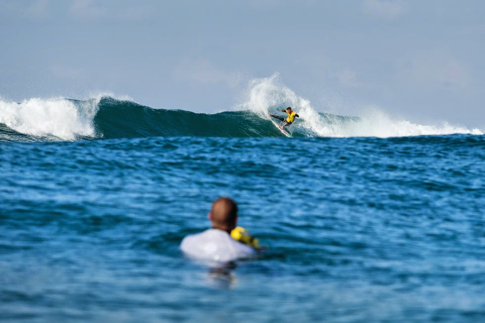 16 Rip Curl Pro Bells Beach 2015  Filipe Toledo WSL Kelly Cestari